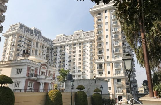 Imperial Court Apartment For Sale