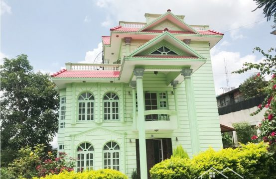 A  Furnished tree-lined garden Bungalow for Rent