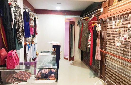 Fancy shop on Urgent sale at Near Labim Mall