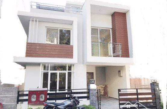 Villa for Sale :Semi Furnished Brand New House