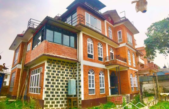 House for Rent : चाकुपाटमा एक रोपनी जग्गाको  आकर्षक घर भाडामा