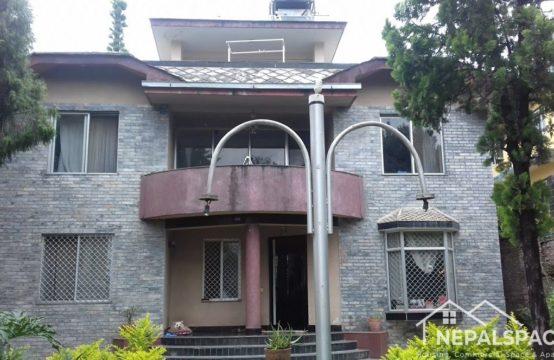 House for Rent: थाई एम्बेस्सी नजिकै अतिनै सुन्दर बंगलो भाडामा