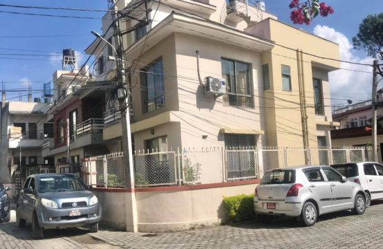 3BHK Luxurious Furnished House for Rent at Prime Colony